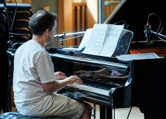 Jason Rebello on piano
